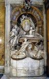 Gravvalv av Andrea av Auria, i kyrkan av Santa Andrea de Auria Arkivfoton