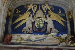 Gravvalv av Robert Sherborne, biskop av Chichester, inom den Chichester domkyrkan royaltyfri bild