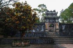 Gravvalv och trädgårdar av kejsaren för Tu Duc i ton, Vietnam - EN UNESCO Wo arkivfoton