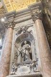 Gravvalvet av Matilda Tuscan i Sts Peter basilika vatican rome Fotografering för Bildbyråer