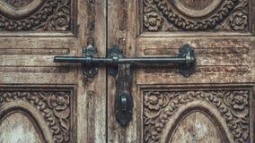 Grawerujący metal tekstury Drzwiowy tło obrazy royalty free