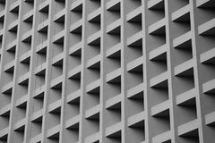 Gray Building-Blog mit Schattenschatten Stockfotografie