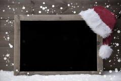 Gray Christmas Card, Tafel, Schnee, Hut, Kopien-Raum, Schneeflocke Lizenzfreie Stockfotografie