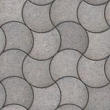 Gray Figured Pavement mit dekorativer Welle Stockbilder