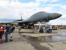 Gray Supersonic B1 B bombplan arkivfoton