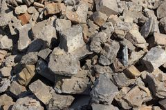 Free Gray Texture Of Pieces Of Concrete And Stones In A Pile Of Garbage Royalty Free Stock Photos - 144298148