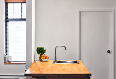 Gray Wall Flat Perspective liso na cozinha imagens de stock royalty free