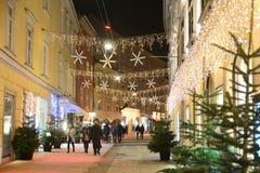 GRAZ ÖSTERRIKE - DECEMBER 17 , 2017: Jul dekorerade staden av Graz under December Arkivbild
