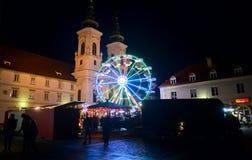 GRAZ ÖSTERRIKE - DECEMBER 17 , 2017: Jul dekorerade staden av Graz under December Arkivbilder