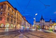 Graz bij nacht Stock Afbeeldingen