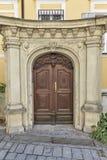 Graz forntida arkitektur i Österrike gammalt dörrhus Royaltyfri Fotografi