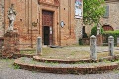 Grazzano威士康蒂,中世纪村庄在意大利北部 免版税库存图片