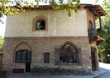 Grazzano Visconti, rekonstruktion av en medeltida by, fritt tilltr?de, i landskapet av Piacenza, Italien royaltyfria bilder