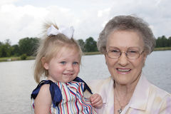 Great-Grandmother e Grande-Grandaughter Fotografia de Stock Royalty Free