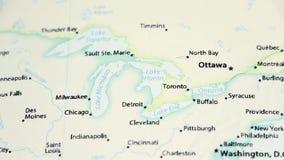 Great Lakes en un mapa con Defocus almacen de video
