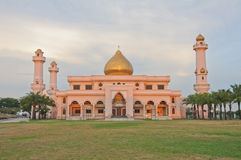 Great mosque for the religion of islam. At Lumlukga ,Thailand Stock Images