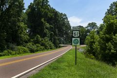 A Great River Road Sign along the US Route 61 near the city of Vicksburg, in the State of Mississippi; Stock Photos