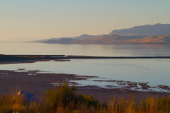 Great Salt Lake bij zonsondergang Stock Fotografie