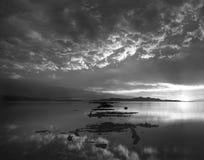 Great Salt Lake blanco y negro Fotos de archivo libres de regalías