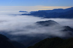 Great sea of clouds with clear sky Royalty Free Stock Photos