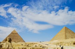 The Great Sphinx with Khafre & Khufu Pyramids Royalty Free Stock Photos