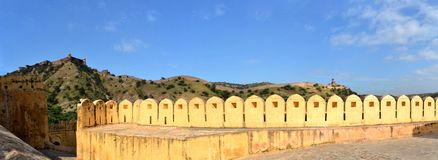 Great wall around Amber fort Jaipur, Rajasthan Stock Photography