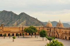 Great wall around Amber fort Jaipur, Rajasthan Royalty Free Stock Photos