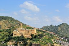 Great wall around Amber fort Jaipur, Rajasthan Stock Photos