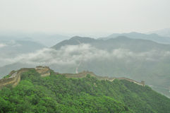Great Wall fog over mountains in Beijing Royalty Free Stock Images