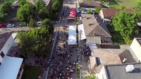 Greci Cherry Festival, flyg- perspektiv stock video