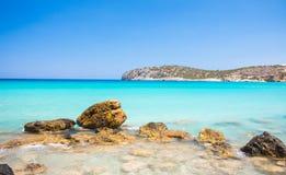 Grecia Crete Viaje de la playa, turismo y concepto azules hermosos de las vacaciones foto de archivo libre de regalías