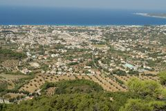 Grecia La ciudad de Ialyssos en el pie de Filerimos fotos de archivo