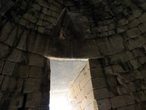 Grecia, Mycenae, ventana extraña imagen de archivo libre de regalías