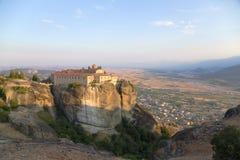 Grecia. Vista del convento de monjas de Agios Stefanos en Meteora Fotos de archivo libres de regalías