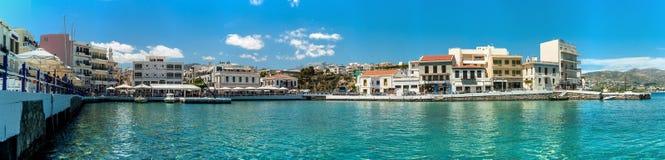 Grecja Crete Agios Nikolaos jeziorna panorama, schronienie Obraz Royalty Free
