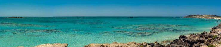 Grecja, Crete Elafonisi plaża i woda, przeglądamy panoramę Zdjęcie Stock