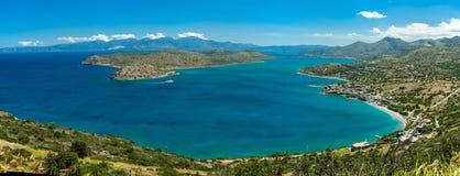 Grecja Crete, widok Spinalonga wyspa, turkusu wodny panorama Fotografia Royalty Free