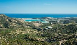 Grecja, Crete, widok zieleni wzgórza i oliwek drzewa morze, i Obraz Royalty Free