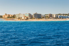Grecja Rhodes, Lipiec, - 16: Wschodni punkt wyspa i plażowa aleja na Lipu 16, 2014 w Rhodes, Grecja Obrazy Royalty Free