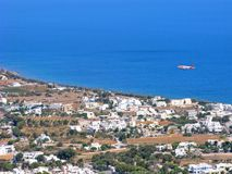 Grecja, Santorini, Kamari wioska, samolot, morze, odgórny widok zdjęcia royalty free