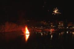 Grecka wielkanoc w Crete w Agios Nikolaos Wielkanocna noc przy Voulismeni jeziorem Obraz Stock