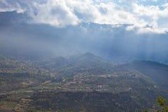 Grecka wioska na chmurach zdjęcie stock