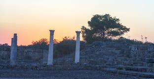 Greco †'Romańskie salami ruiny w Famagusta Cypr obrazy royalty free