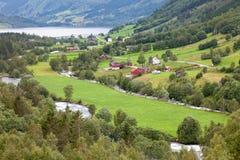 Gree Wiejska scena w Norwegia i bujny zdjęcie royalty free