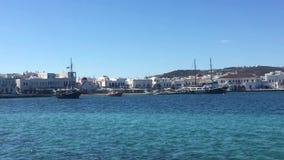 greece mykonos Den gamla porten av staden av Mykonos stock video