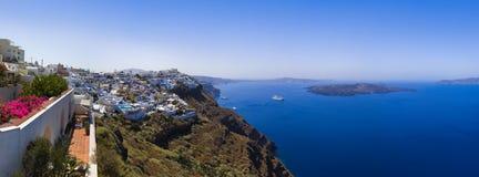 greece panoramasantorini Arkivfoton