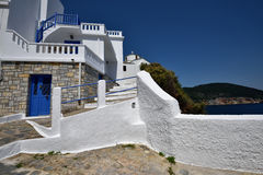 Greece, Skopelos Island, Skopelos Town. Typical White Alley at Skopelos Town Stock Photos