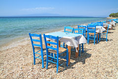 Greek tavern by the sea Royalty Free Stock Images
