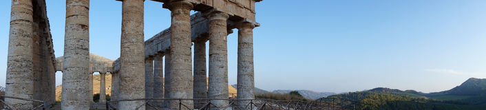 The greek temple of Segesta in Sicily Royalty Free Stock Images