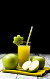 Green apple juice Royalty Free Stock Photos